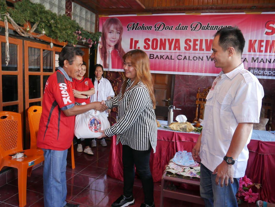 Sonya Kembuan Bagikan Ribuan Paket Beras di Manado: Rangkaian HUT dan Hari Pangan