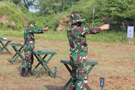 Guna Tingkatkan Profesionalisme, Prajurit Kodim 0718/Pati  Gelar Latihan Menembak