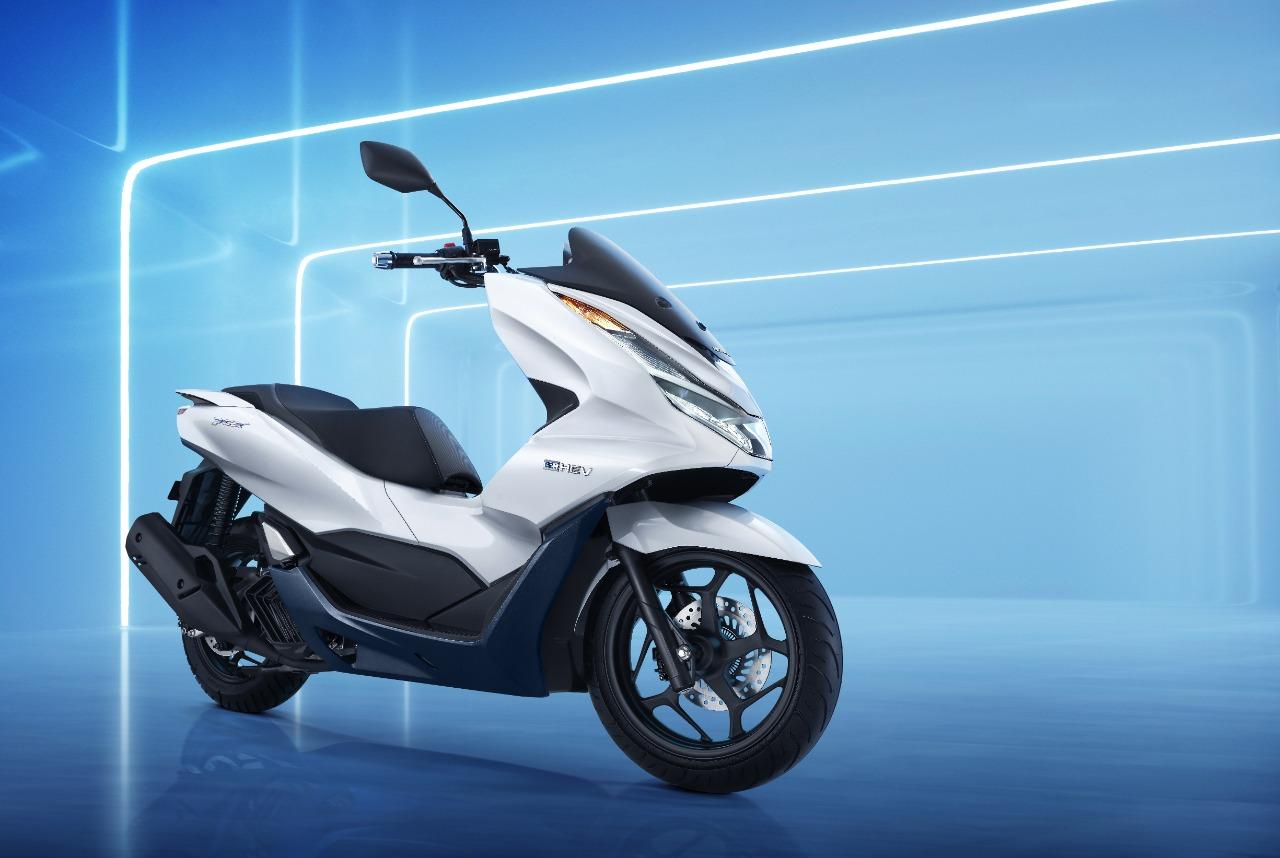 Akhir Pekan, DAW Perkenalkan All New Honda PCX160 Secara Virtual