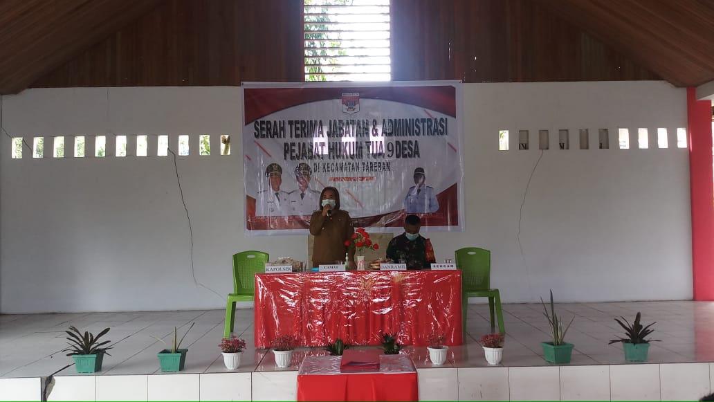 9 Pejabat Hukum Tua Kecamatan Tareran Laksanakan Serah Terima Jabatan
