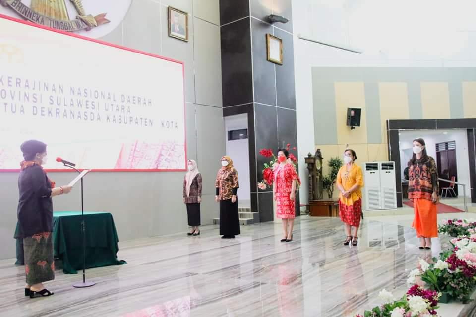 Rita Tamuntuan Lantik Elsje Sumual Sebagai Ketua DEKRANASDA MINSEL